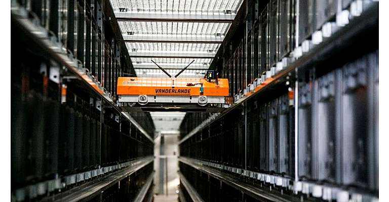 Toyota et Vanderlande proposent des solutions totalement automatisées