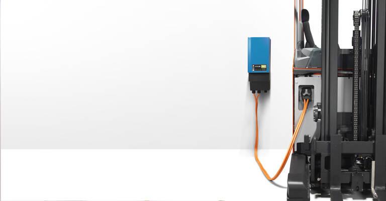 Batterie lithium-ion pour chariot élévateur en charge