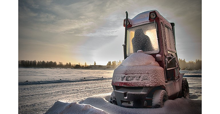 Toyota Tonero forklift working the winter