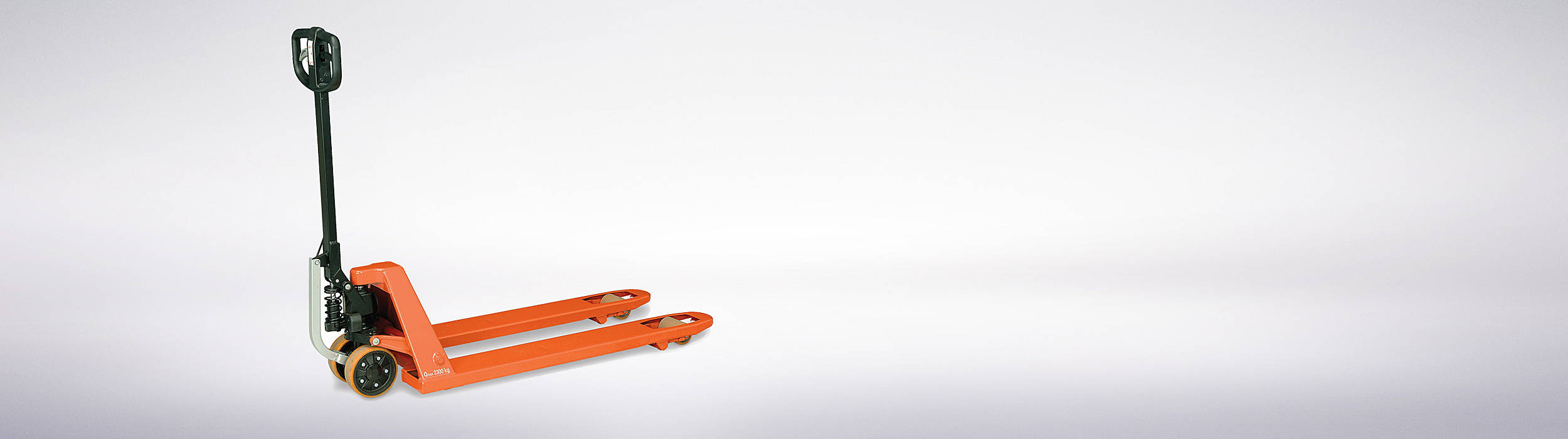 Our BT Pro Lifter hand pallet truck reduces manual handling effort by up to 67%