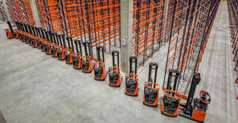 Toyota equipped the entire warehouse with racking solutions.