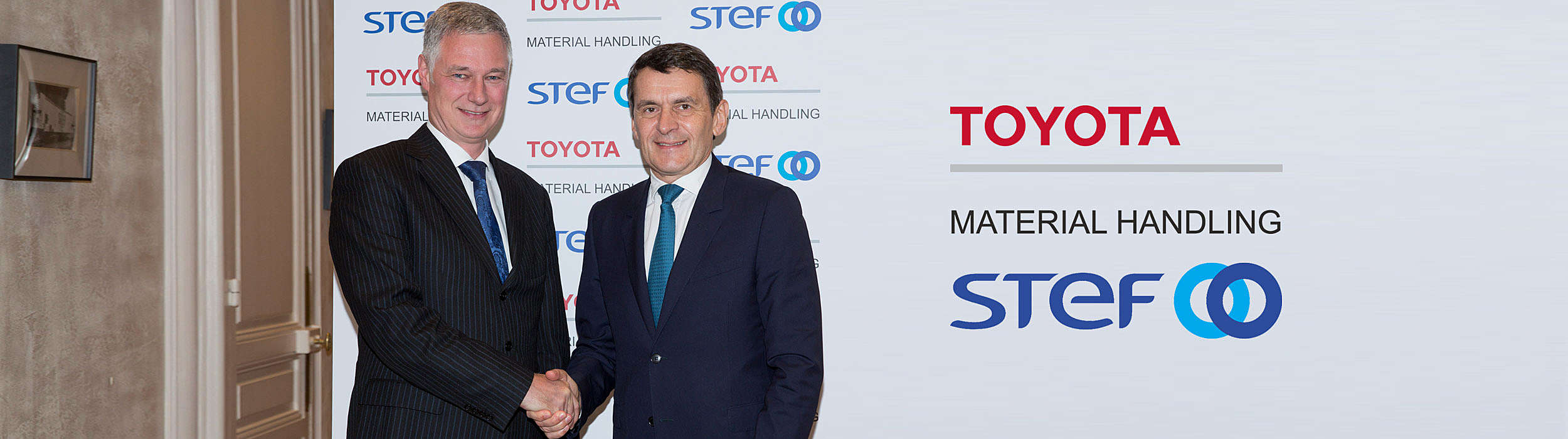 Matthias Fischer, president of Toyota Material Handling Europe and Jean-Pierre Sancier, CEO of STEF