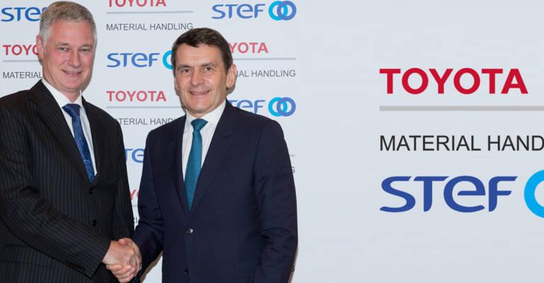 Matthias Fischer, president of Toyota Material Handling Europe and Jean-Pierre Sancier, CEO of STEF