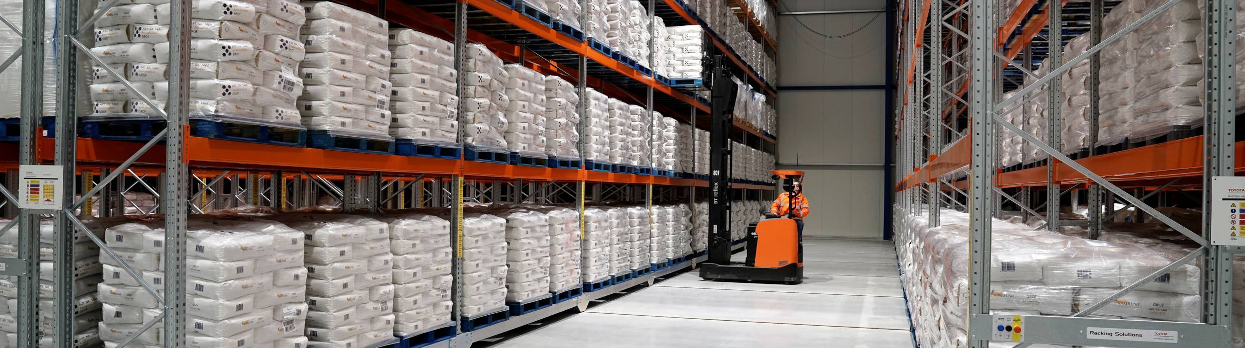 LCW Groningen expands warehouse with Toyota's shuttle and mobile