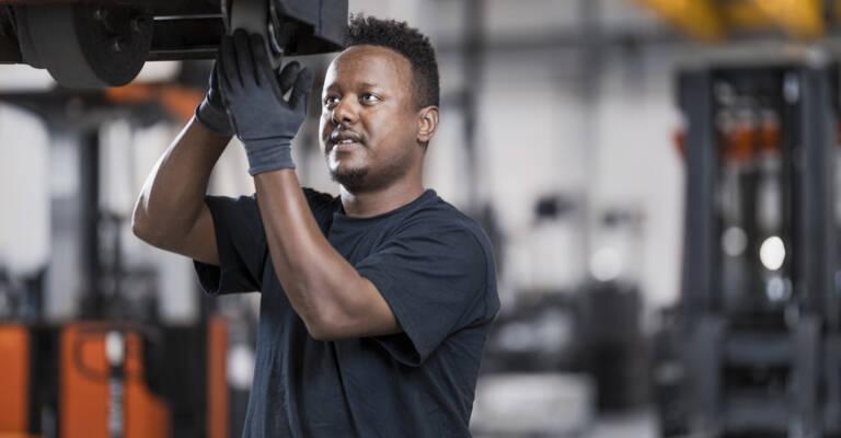 Servicetekniker Toyota Material Handling
