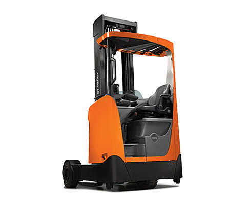 Outdoor reach truck