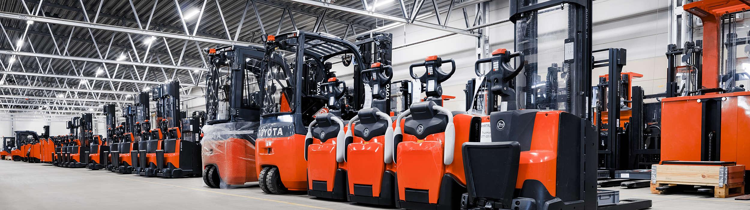 Her finder du din nye gaffeltruck, stabler eller palleløfter. Få også information om førerløse AGV truck!