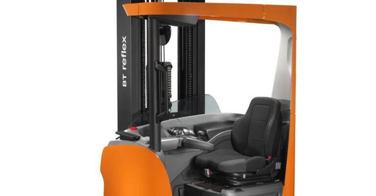 BT Reflex R-series reach truck